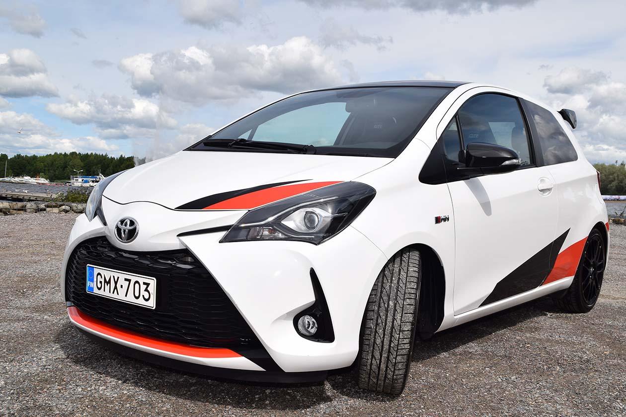 Toyota Yaris Grmn >> Toyota Yaris Grmn Ja Kameralaukku Osa 1 Autot Ja Liikenne